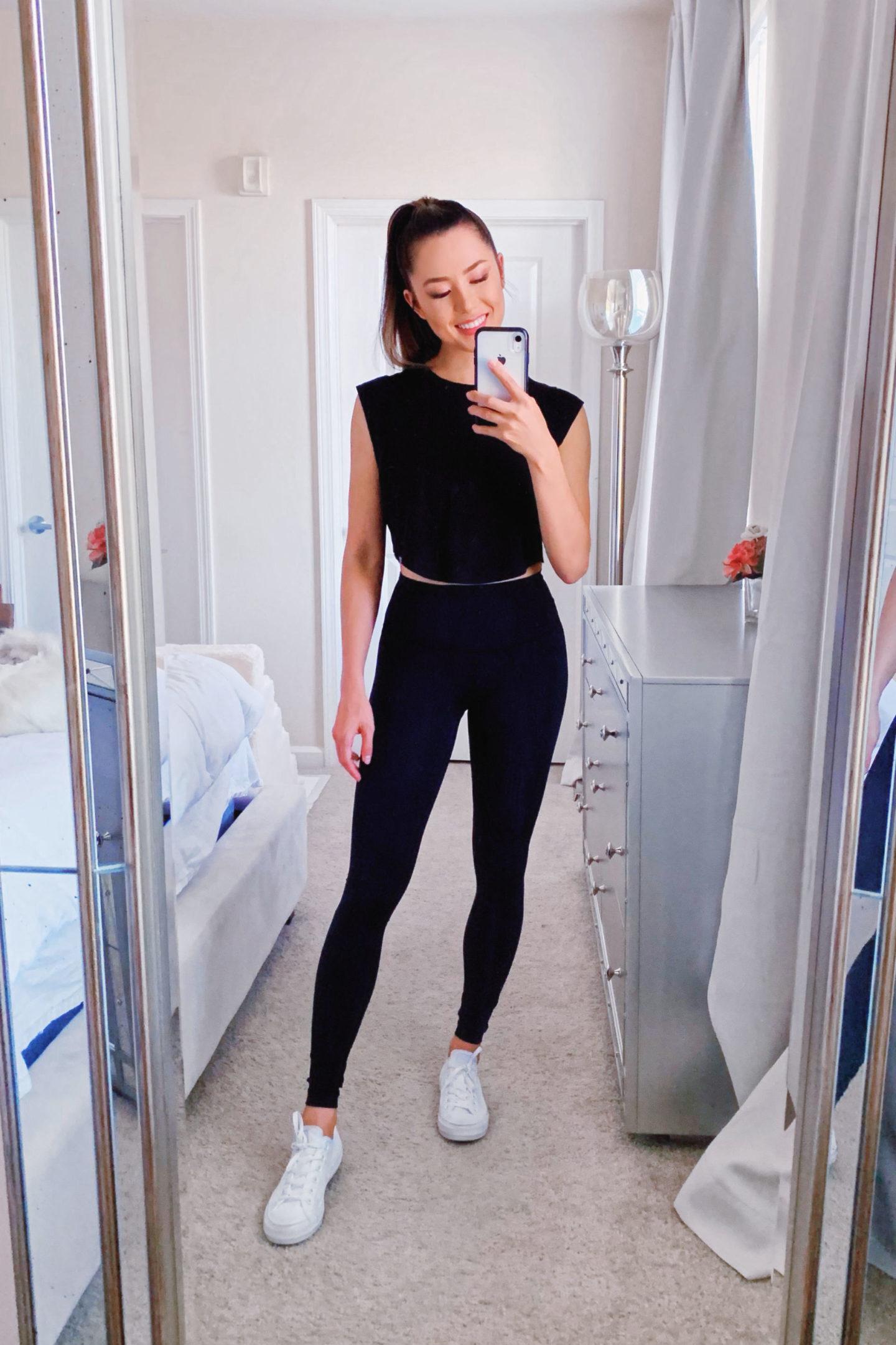black on black workout outfit lululemon leggings black leggings
