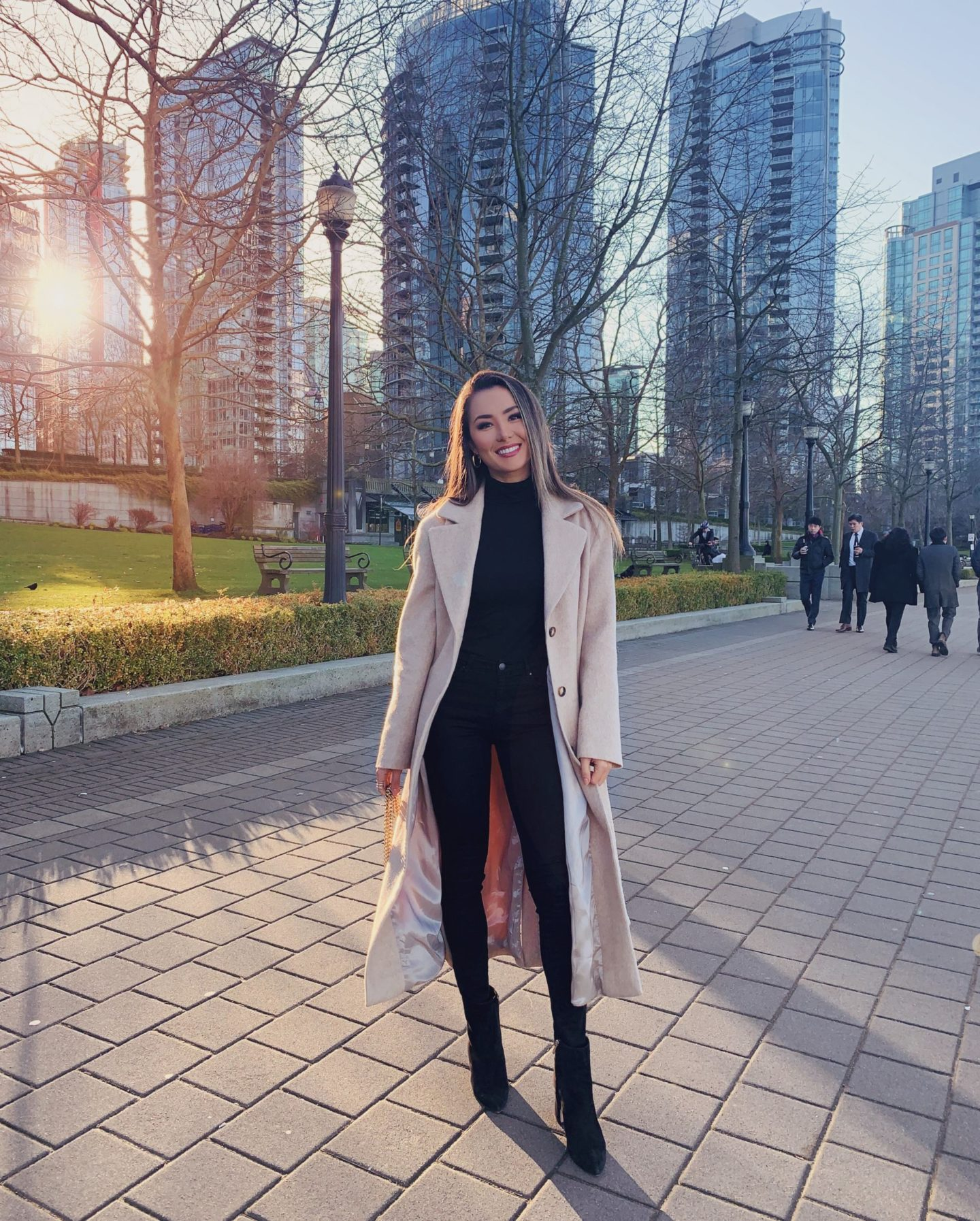 vancouver, travel, winter look, style, hapa, tan coat